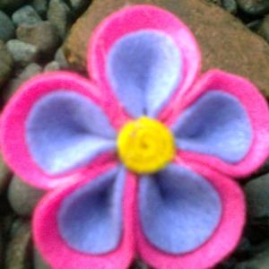 abelia dark pink